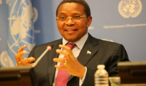 H.E. Jakaya Kikwete, President of the United Republic of Tanzania at the General Meeting.